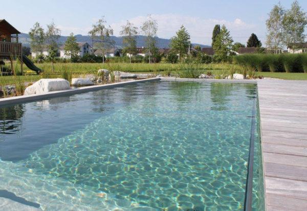Swimming-Pool Bau